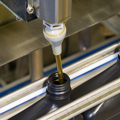 A broad range of filling machines, from semi-automatic to high speed fully automatic lines.